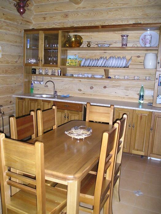 плюсы и минусы деревянных кухонь использовать