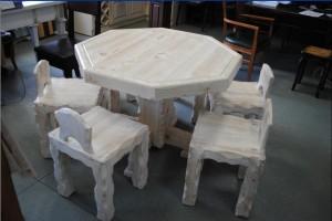 Комплект : стол и 6 стульев. Массив сосны с эффектом старения.